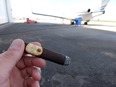 DSCF5061 (J E) Tags: oliva serie g maduro cigar airport plane break