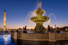 Place de la Concorde (photoserge.com) Tags: concorde paris architecture monument fountain sunset blue hour