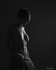 IMG_0223 (Peccadille31) Tags: noiretblanc blackandwhite autoportrait selfportrait clair obscur chiaroscuro femme woman nu nude frenchphotographer frenchmodel