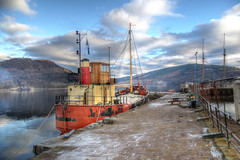 Inerarary (Raphooey) Tags: gb uk scotland argyll bute mull kintyre inverarary loch fyne port harboue sea seaside seashore shore shoreline shira boat ship boats ships vital spark coaster puffer clyde rest be thankful mountain mountains snow cap capped pier jetty wharf canon eos 70d hdr photomatix
