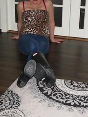 Wife trying size 39 Hunters (jazka74) Tags: wellies rubber boots hunter high heel fulbrooke use fun