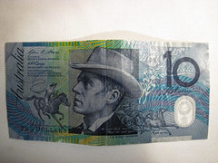 Australian $10 Note (lukedrich_photography) Tags: australia oz commonwealth أستراليا 澳大利亚 澳大利亞 ऑस्ट्रेलिया オーストラリア 호주 австралия money currency note aud australian ten 10 bank canon powershot d10