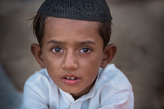 Inde: Rajasthan; jeune musulman chez les hindous. (claude gourlay) Tags: inde india asie asia indland indien indija indedunord northindia claudegourlay portrait retrato ritratti face people enfant musulman religion rajasthan jaisalmer
