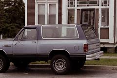 (<mmb>) Tags: dodge ram ramcharger suv truck blue saintjohn newbrunswick film 35mm analog contax rx fujifilm fuji fujicolor 400h