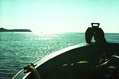 film (La fille renne) Tags: film analog lafillerenne 35mm canonae1program 50mmf18 kodak kodakelitechromeextracolour100 expired expiredfilm xpro crossprocessing sea boat roadtrip travel mediterranean porquerolles