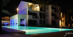 Hotel Blue Bay - Piscina (DeAtH_JoCkEy) Tags: méxico playa ruinas verano cancun rivieramaya mayas 2011 genjutsu