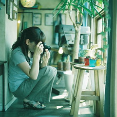 (kajico**) Tags: camera people girl square cafe hasselblad freind fuji400h
