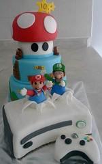 supermario xbox cake (rozeza) Tags: videogames fondant supermariobros tieredcake kidscake xboxcake consolecake