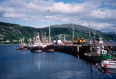 Ships in harbour, Ullapool (1996) (Duncan+Gladys) Tags: uk scotland ullapool rossandcromarty