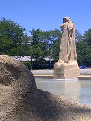 IMG-20130613-01169 (artistmac) Tags: park city urban sculpture chicago fountain washington illinois humanity time south side il southside hydepark universityofchicago midway taft fathertime washingtonpark plaisance midwayplaisance lorado fountainoftime
