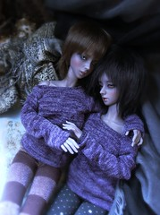 """it's alright"" (___rei) Tags: sisters dark sweater bed hugging twins hands hug doll dolls sitting purple affection patterns lounge touch knit greeneyes elf together shorthair bjd lounging brunette angela cynthia blackhair abjd ambereyes touching leggings lookingaway twogirls brownhair dressedalike soojung darkelf soomi cooltones colorwash furwig dollhands grayskin sittingtogether purpleskin withdoll fabricbackground withdollangela withdollcynthia"
