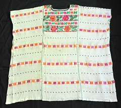 Huipil Amuzgo Oaxaca Mexico Elwell (Teyacapan) Tags: flowers flores mexico clothing mexican oaxaca textiles ropa huipil weavings elwell tejidos vestimenta amuzgo