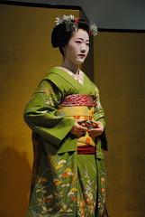 Maiko no butai (Blue_no_shashin) Tags: kyoto maiko geisha tomitae