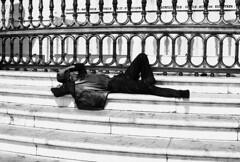 Street photography (Antnio Jos Rocha) Tags: portugal lisboa pessoas homem pobre semabrigo capital cidade mono monocromtica bw gente praadocomrcio rua streetphotography