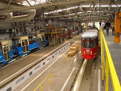 Hall (transport131) Tags: tram tramwaj bdzin t kzk gop hala hall zajezdnia depot