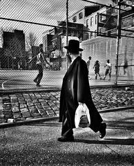 Williamsburg Brooklyn (Roy Savoy) Tags: bw blackandwhite streetphotography street september digital city