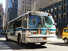 20161014_142959 (GojiMet86) Tags: mta nyc new york city bus buses 1999 t80206 rts 5234 m42 42nd street lexington avenue