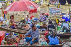 Mercado flotante Amphawa - Samut Songkhram, Tailandia (Cuernavaca, Morelos Mexico) Tags: mercadoflotanteamphawasamutsongkhram tailandia floating market thailand amphawa mercado flotante nikon d5300 color asia