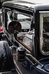 SCE_8500 (staneastwood) Tags: staneastwood stanleyeastwood morrisregister morris oxford vintage car vehicle morrisoxford oxford6 series6 ev7689 signal trafficlight