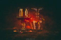 Shadow's Club 5/5 (Frdric Fossard) Tags: naturemorte objet verre cognac cristal bar club ombre lumire atmosphre nuit soir clat reflet art surraliste