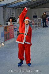 Stephen Smith (James O'Hanlon) Tags: santadash santa dash katumba liam smith paul stephen liamsmith paulsmith stephensmith alankennedy philipolivier tinhead alan kennedy btr juliana ritchie photo shoot press ice rink icerink lfc