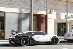 Pur Blanc Supersport (KananCayman) Tags: bugatti veyron pur blanc supersport