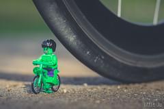 Go fast, or be flat (little ju !) Tags: hulk marvel lego minifig minifigure flat bike green