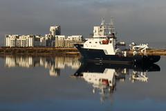 OCEAN TERMINAL, PORT OF LEITH. (Andrew Mansfield - Sheffield UK) Tags: edinburgh boat ship reflection oceanterminal leith portofleith petrel scotland