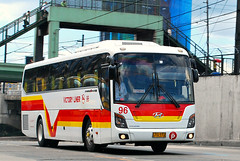 Victory Liner 96 (raptor_031) Tags: bus buses suspension space air philippines transport korea victory class company airconditioned motor universe hyundai operation luxury fare inc provincial liner 96 regular d6abd kmjkj18bpsc