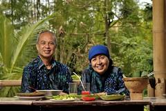 Mr & Mrs Djarot (dwiandi) Tags: nikon jogja yogyakarta kaliurang eatery lastolite d90 ezybox morolejar