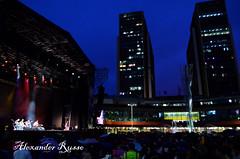 CONCIERTO NOCTURNO (Alexander Russo) Tags: building luces arquitectura venezuela ciudad caracas urbano nocturnas noches nigth espectaculos