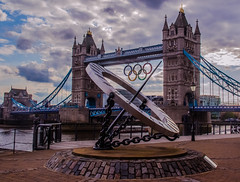 Olympic time (Benoit photography) Tags: pictures street city bridge urban london tower beautiful photoshop europe european photographer photographie photos games images photograph fotos streetphoto olympic bild 2012 lightroom photograpy