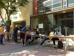 603808_10152798184135136_1865684374_n (UCLA Volunteer Center) Tags: project westwood organized meaningful womp 2013