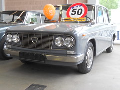Lancia Fulvia Berlina GTE 1.3 (1968-69) (Transaxle (alias Toprope)) Tags: auto show berlin classic cars beauty car vintage nikon power antique voiture historic coche soul classics oldtimer bella autos veteran macchina coches voitures toprope antigo antigos oldtimershow glien paaren 2013