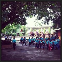 นักเรียนตอนเช้า