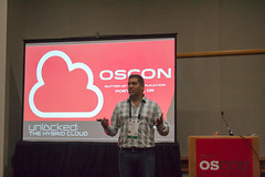 Wayne Walls Presenting at OSCON (Garrett Heath) Tags: cloud oscon hosting unlocked rackspace 2013 racker waynewalls pillarsofcloudiness