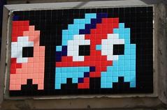 Invader_1254 rue Tiquetonne Paris 02 (meuh1246) Tags: streetart paris spaceinvaders invader davidbowie mosaïque paris02 ruetiquetonne