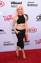 139579_2484 (Disney   ABC Television Group) Tags: red music mckee celebrity television musicians stars ma carpet star theater theatre lasvegas group disney billboard event bonnie abc celebrities awards backstage awardshow bonniemckee 2015 billboardmusicawards liveevent disneyabctelevisiongroup
