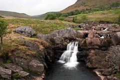 Afon Claerwen ({House} Photography) Tags: uk mountains wet water wales river long exposure valley elan mid afon claerwen housephotography timothyhouse