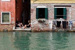 la domenica a pranzo_castello_venezia (stefania.bugg) Tags: chiacchierare venezia venice riposo siesta castello laundry clothes bucato finestre