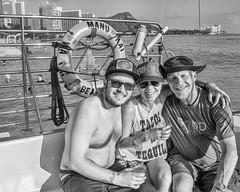 Tacos & Tequila: Chad & Kate from California aboard the Manu Kai (Oliver Leveritt) Tags: nikond7100 afsdxvrnikkor18200mmf3556gifed oliverleverittphotography hawaii oahu waikiki waikikibeach manukai catamaran cruise monochrome blackandwhite portrait people boozecruise sunsetcruise