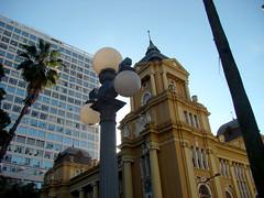 MARGS (Gijlmar) Tags: brasil brazil brasilien brsil brasile brazili portoalegre  riograndedosul amricadosul amricadelsur southamerica amriquedusud city urban lamp streetlamp faroles