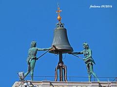 Venecia-11 Campana de la Torre del Reloj (ferlomu) Tags: campana escultura estatua ferlomu italia venecia