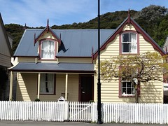 Akaroa the French settlement on the banks Peninsula. A quaint old cottage in Rue Lavaud. (denisbin) Tags: akaroa crater caldera harbour cliffs french duvauchelle bankspeninsula newzealand christchurch library royalalbatross albatross pacificocean cottage church swimwithdolphins boat anglican ruelavaud
