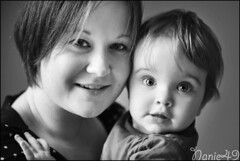 Ophlie & Hanna. (nanie49) Tags: france enfant enfance child kid childhood bambino infanzia nio infancia kindheit  nikon d750 portrait retrato nanie49 nb bn