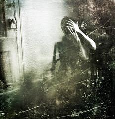 Week #5 (Iris Syzlack) Tags: portrait door texture hands