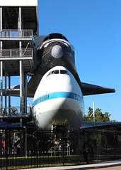 NASA Lyndon B. Johnson Space Center (Prayitno / Thank you for (11 millions +) views) Tags: konomark nasa lbj lyndonbjohnson space center houston tx texas b747 boeing747 shuttle carrier endeavour endeavor independence plaza outdoor sunny blue sky day time