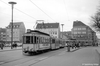 Braunschweig Tw 163 mit Bw 222+271 und Tw 82 mit Bw 223+270 auf dem Hagenmarkt, 02.11.1962