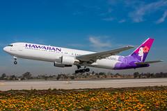 N598HA - Boeing 767-332 - Hawaiian Airlines (Bjoern Schmitt) Tags: n598ha hawaiian airlines boeing 767332 cn 23278 153 lax klax losangeles rotation airplane runway departure flowers