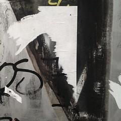 E questa gente erano uguali dappertutto (plochingen) Tags: berlin berlino urban urbain city citta stadt minimal abstract abstrakt astratto derive less texture wall murs muri paint